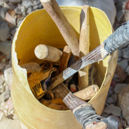 Die Mitarbeiter legen großen Wert darauf, ihre eigenen Werkzeuge zu verwenden. Viele davon sind selbst hergestellt.