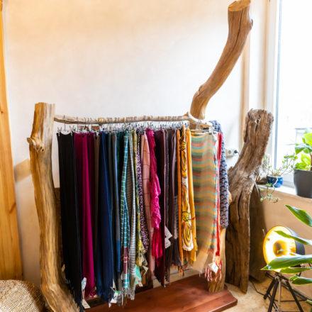 Schalständer - gefertigt aus massiven Holzstämmen