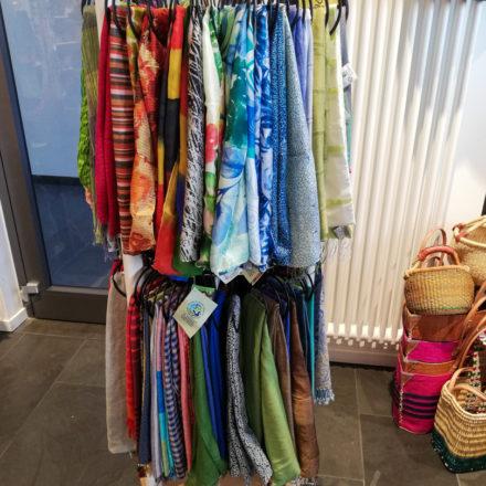 Der Schalständer wurde für den Weltladen Hameln angefertigt.