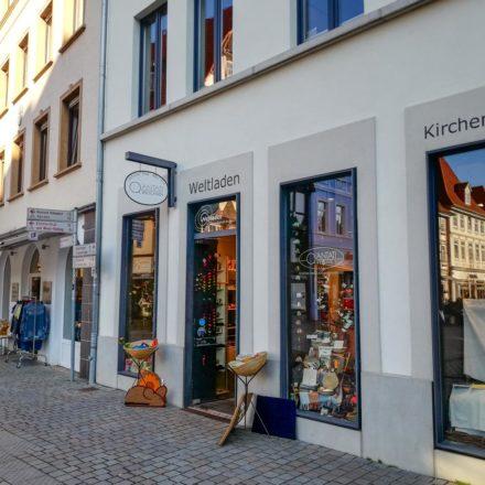Der Weltladen Hameln liegt mitten im Herzen der Innenstadt im Haus der Kirche in der Emmernstraße 6/Pferdemarkt